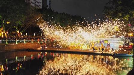 成都人民怎么过春节?打铁花舞龙安排起来