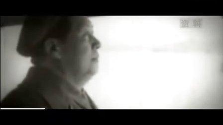 央视播出伟大领袖长江游泳视频