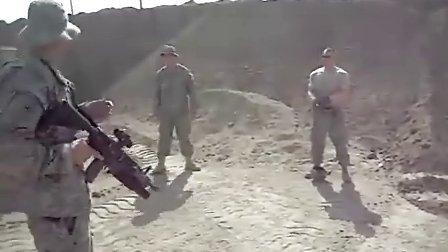 美军40MM防暴榴弹枪测试意外