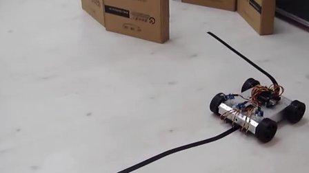 Arduino-4WD移动机器人寻线与避障功能演示