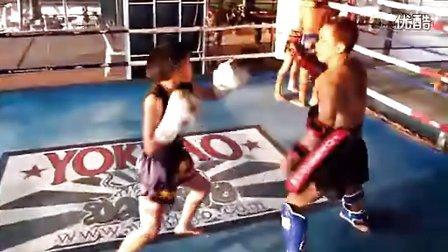 【侯韧杰 Muay Thai  精华片】之   搏击王道!