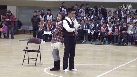 【桐庐中学2011元旦汇演】高一(1)班节目!