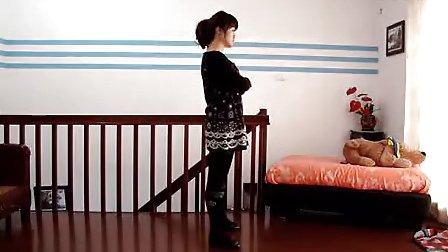 【邻家女孩超级模仿秀】室内热舞自拍(二)