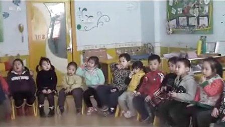 中二班 歌表演:小乌鸦爱妈妈