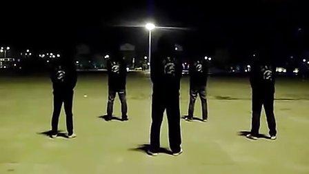 经典 面具男鬼步舞高手视频 尼玛也太强了吧紫星舞团DJ  街舞 曳步舞