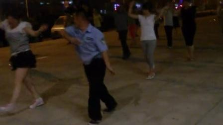 长兴岛市民广场霸气广场舞