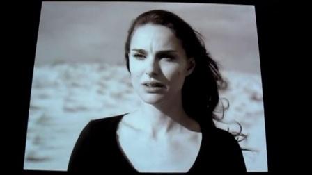 迪奥 Miss Dior 展览 4:视频装置 - 西丽·娜沙特 《幻觉与镜像》