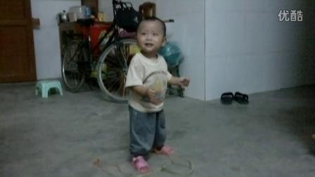 三岁小孩跳摇滚舞蹈 广东小迈克尔·杰克逊 超可