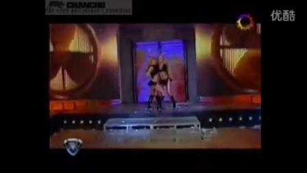 选秀节目现场美女热舞脱下裙子只剩下丁字裤