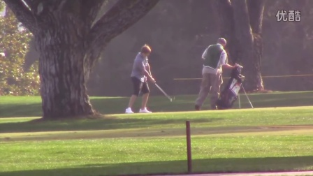 Justin Bieber Practices His Golf Swing With Pals In L.A
