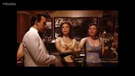 西班牙奇幻剧情《欲望处女》服务生太周到 服侍女顾客一整晚