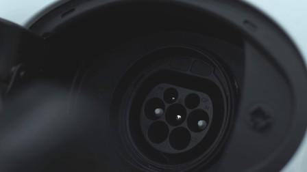 让特斯拉哭晕在卫生间 德国试驾保时捷Panamera S E-Hybrid(超清/中文)