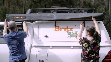 越野房车也有遮阳棚:发现Outback的隐藏属性 - 狂野中的惬意情调