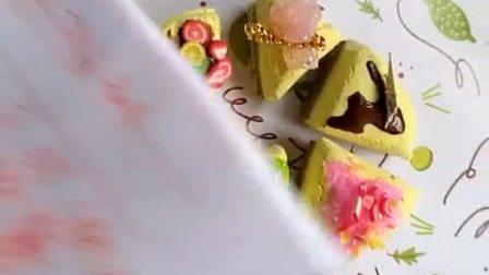 ﹤茜欣﹥小蛋糕成品,把你给它取的名字写在评论里吧😍😍可以定制粘土并卖粘土的东东,要买加微信G18179639008