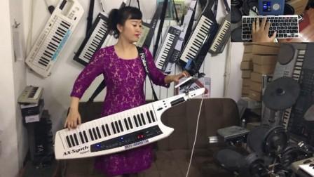 刘璐演示背挎双排三排键手风琴伴式电子琴合成器脚电子鼓《草原卫兵》