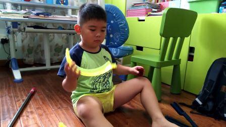 【6岁】10-1哈哈跟爸爸一起玩极速回旋轨道赛车玩具video_082526