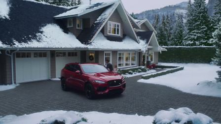 F-PACE: Merry Christmas