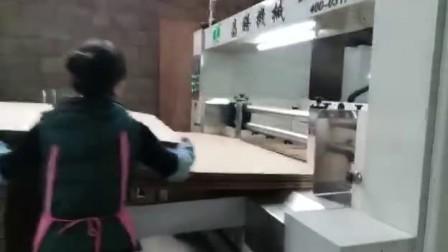 河北昌腾大纸板碰线机使用视频