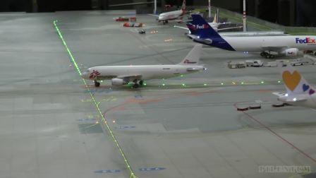 机场。  在机场景观区欣赏航空和工程奇观。世界上最大的铁路模型。
