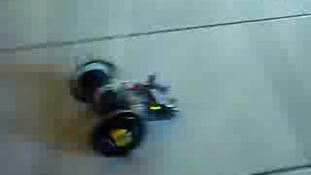 用ASURO改装的角斗士赛车
