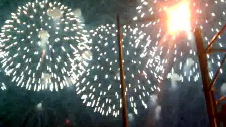国庆晚会的烟花 在大栅栏地区看到的