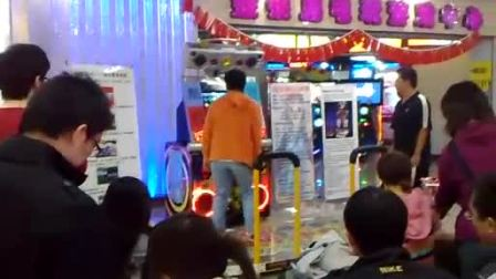 预赛第3名选手:刘兆丰(北京金银岛电玩  跳舞机5代表演赛)