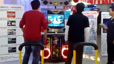 半决赛第二轮:李燮PK小宇(北京金银岛电玩  跳舞机5代表演赛)