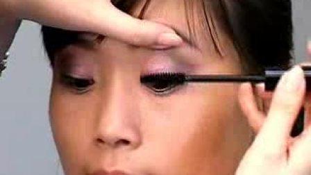 """刷出卷""""俏""""睫毛-Dior 07秋季彩妆教程"""