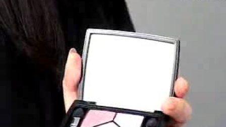 五色眼影打造柔和小烟熏-Dior 07秋季彩妆教程