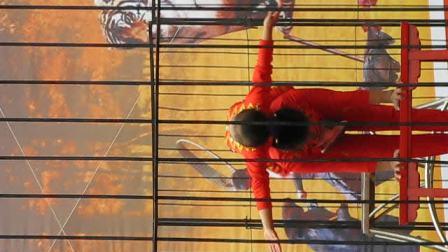 苏州09年11月天平山红枫节杂技表演4--双人小蝶