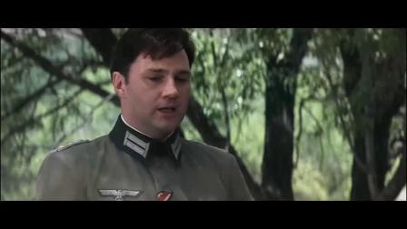 战俘被德军聚集在一起扫射,没的后面士兵再补一枪
