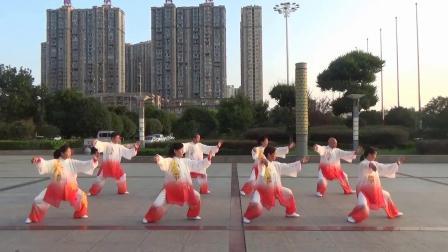四十二式太极拳 潜江市代表队表演01