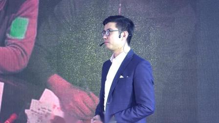 TEDxJiangnanUniversity丨 彭小六 做阅读的强盗
