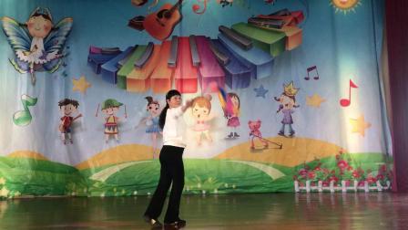 慈溪市柔力球套路培训,培训老师徐美浓,培训套路由沈尤格老师创编的《母亲是中华》