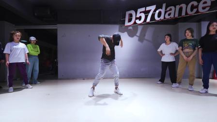 【D57舞蹈工作室】CRIS编舞 ——《Stand Still》舞蹈视频