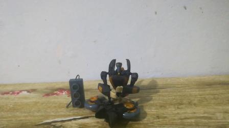 【模玩酷地带】第33期 变形金刚TFA 08动画 D级警车(潜行兽)
