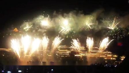 兰州首届黄河之滨音乐节500架无人机献礼祖国70华诞