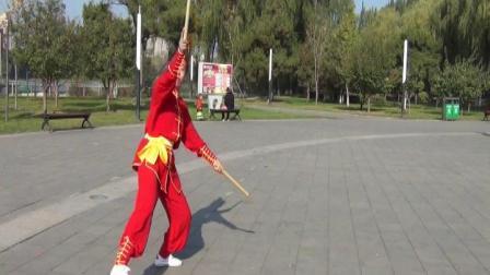 牡丹江武术培训基地史长杰演练《虎形双棍》