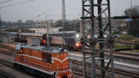 [旅游列车]宁东2B牵引电客Y131宿州站三道发车