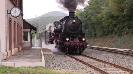 【世界蒸汽机车】德国BR58 311 蒸汽机车 牵引观光列车