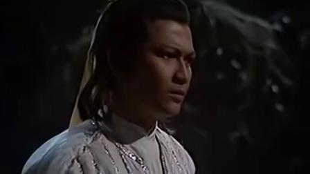 射雕英雄传之东邪西毒 02 洪七公一生就收了两个徒弟,郭靖和黄蓉,教了郭靖降龙十八掌,教了黄蓉打狗棒法