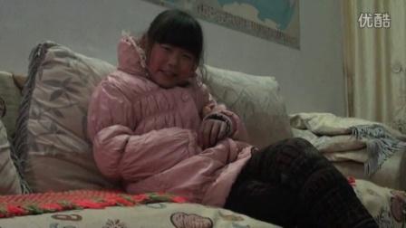 【拍客】末日了9岁女孩在有限时间内好好孝敬父母