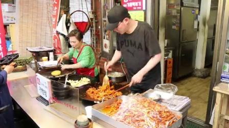 逛通仁市场吃传统美食