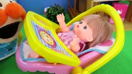 小不点的玩具 2016 面包超人给宝宝洗泡泡浴哄宝宝开心!小黄人小美人鱼 轻黏土 创意卡通 彩泥 彩虹 小马 面包超人给宝宝洗泡泡浴