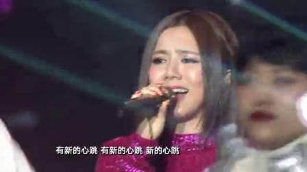 歌曲《新的心跳》邓紫棋 06
