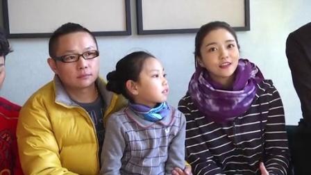 全娱乐早扒点 2015 12月 《绝命反击》女子搏击打出爱与恨 演员尹航携sos村儿童出演成焦点 151217