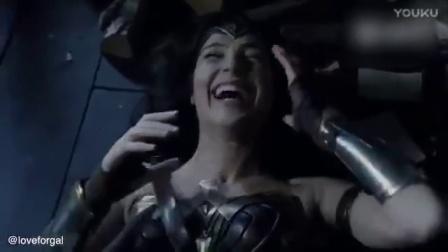 《神奇女侠》幕后的笑场镜头