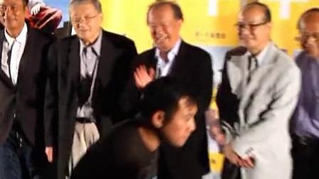 """优酷娱乐播报 2012 6月 任达华展实力演庸医 想做导演拍""""纯爱""""电影 120604"""