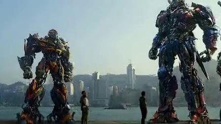 """《变形金刚4:绝迹重生》宣传片3 """"螯刺""""变形过程超酷炫"""