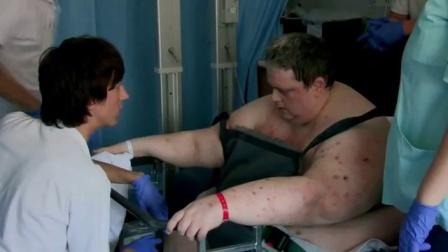 900斤男子接受全身扫描 X光照片惊呆众人 160512